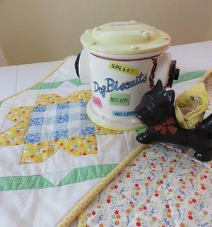 buttercup tablerunner