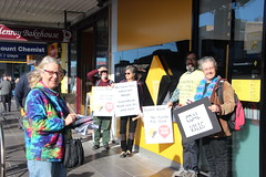 Protest outside Glenroy Commbank to #stopAdani