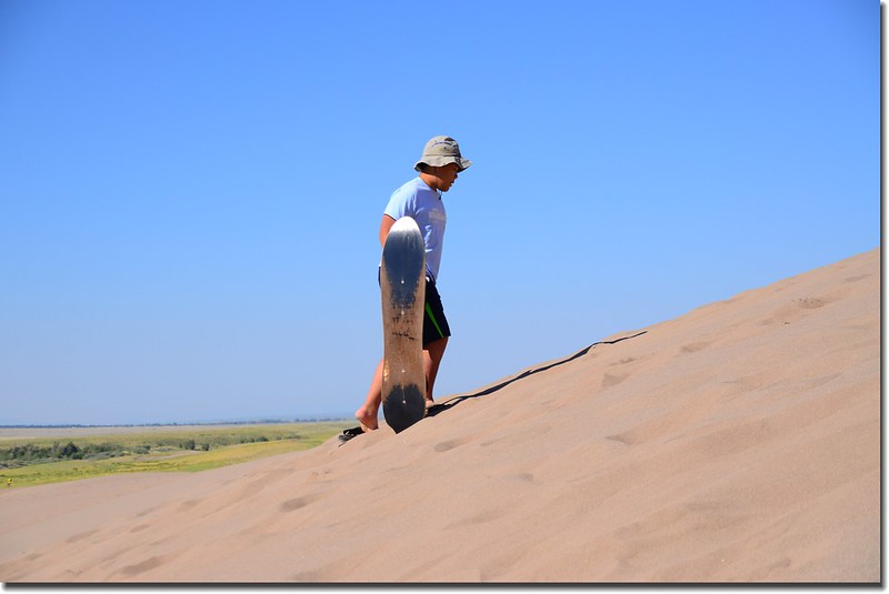Sledding at Great Sand Dunes  (9)