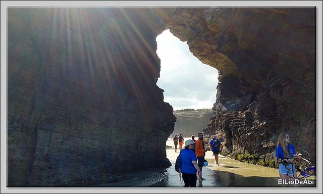 Paseo por la playa de las Catedrales  (4)