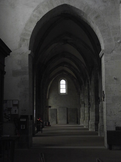 L' glise St. Gilles, Fujifilm FinePix S1600