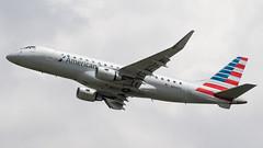 DCA - American Eagle Embraer 175LR N414YX