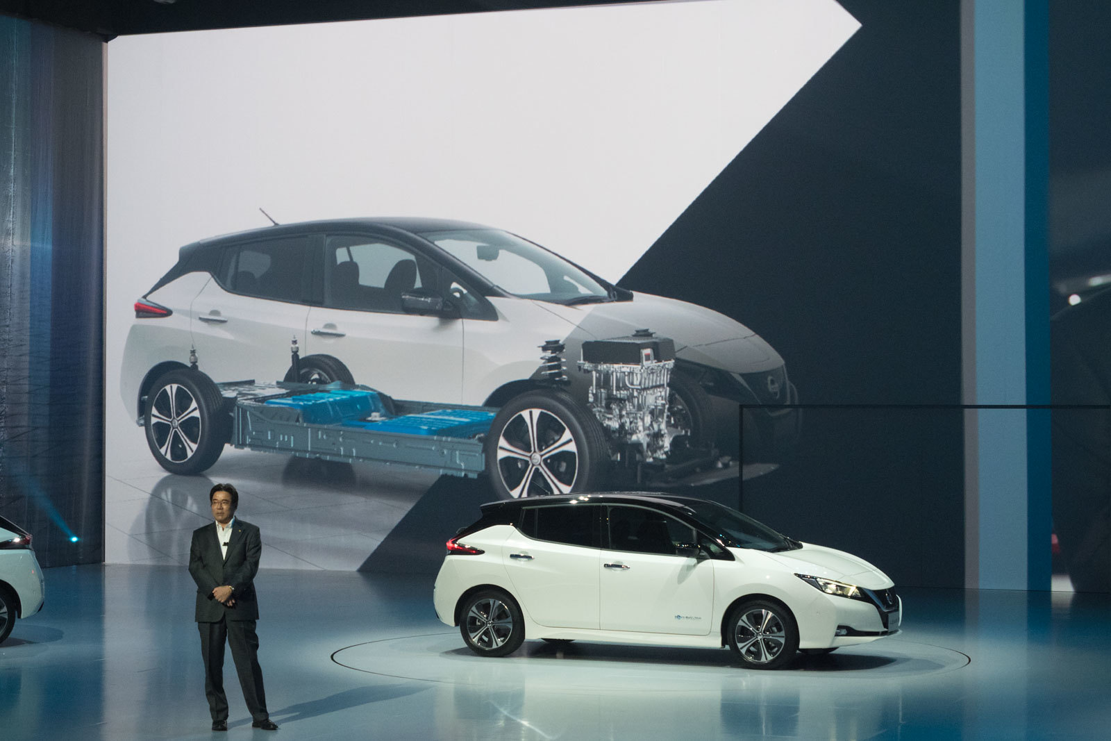 NEW_Nissan_LEAF-30