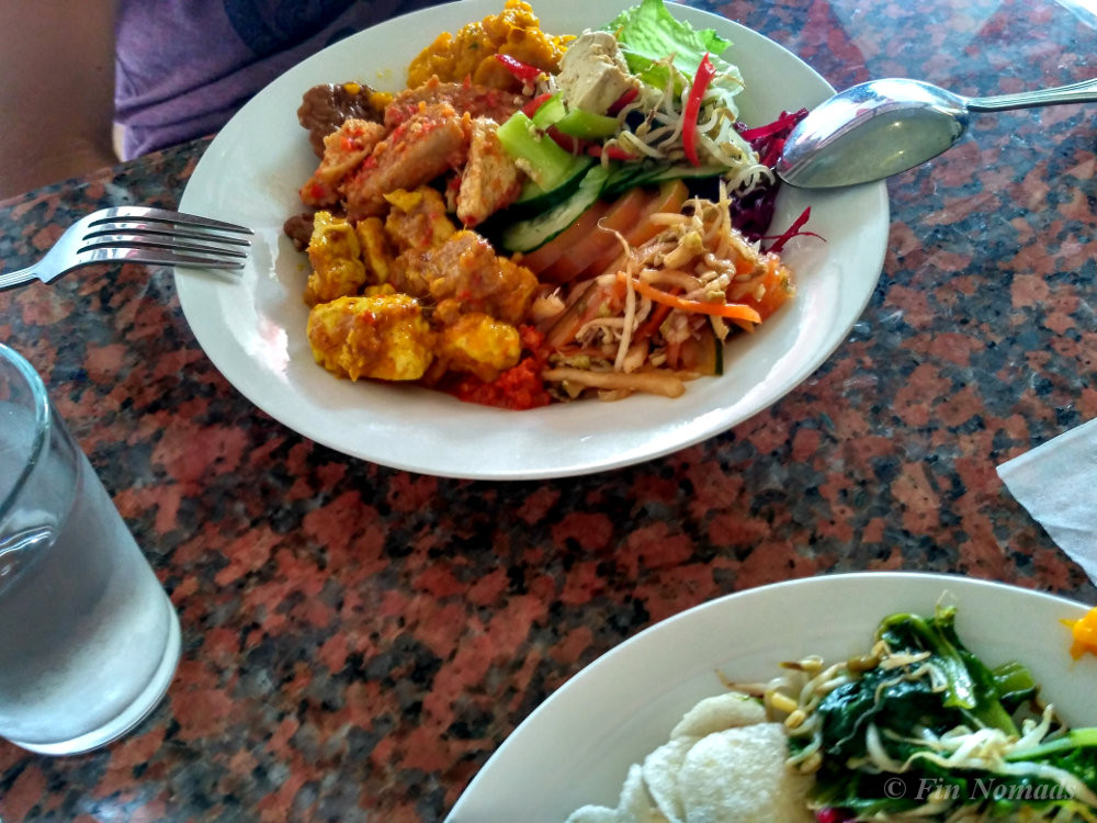cheap vege buffet ubud