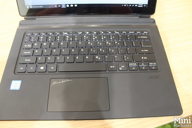 Acer Switch 7 Black Edition - 03
