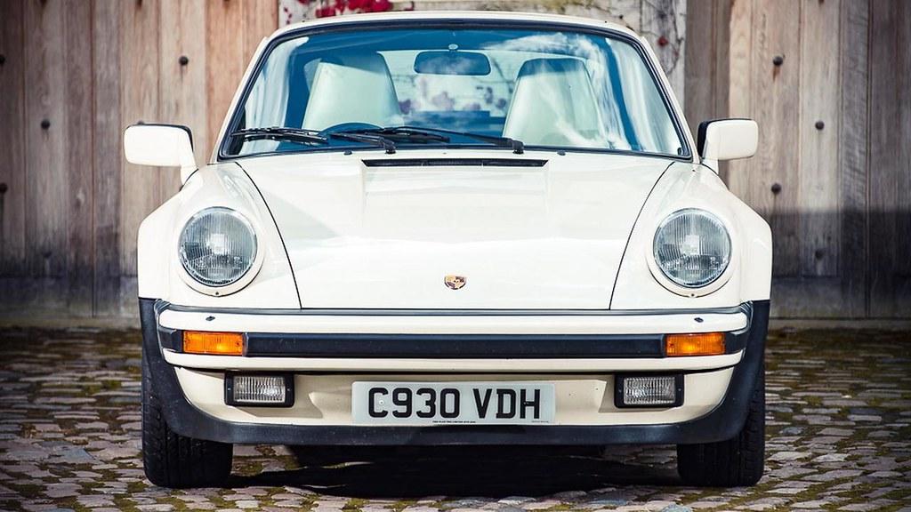 1985-porsche-911-turbo-se