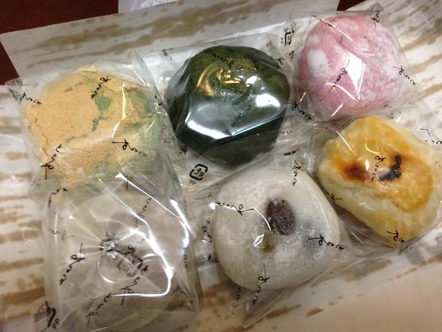 gifu-takayama-toraya-steamed-bean-jam-bun-01