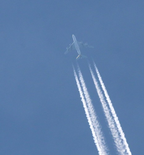 9V-SKF over Ghent