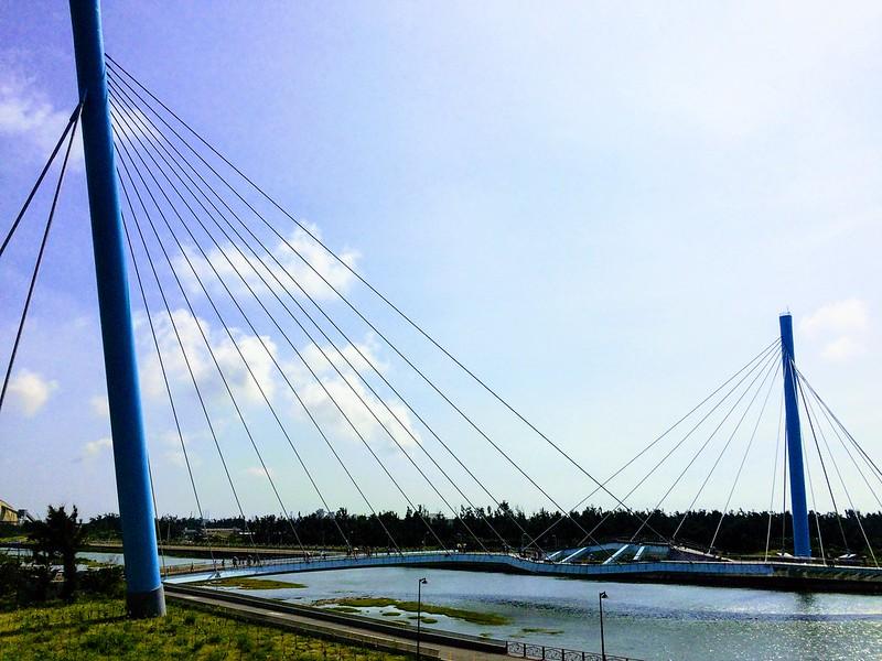 高美雙曲景觀橋