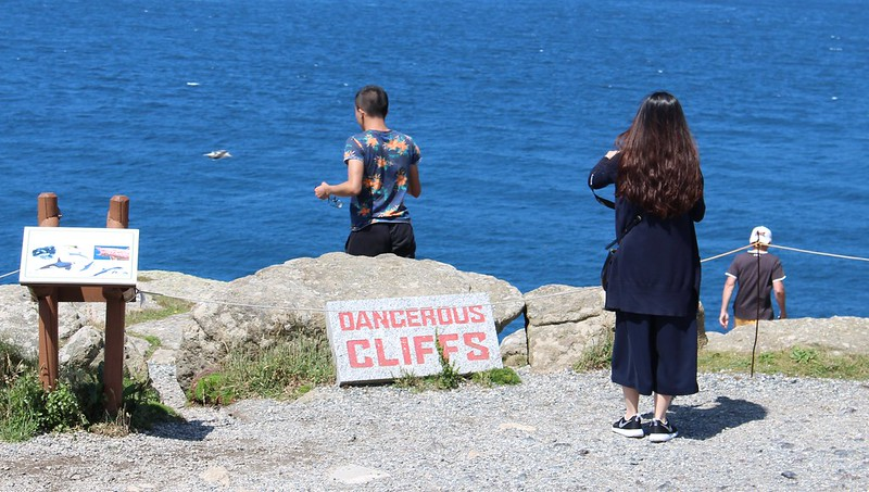 Dangerous cliffs, Lands End, Cornwall