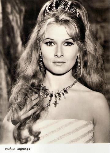 Valérie Lagrange in Hardi Pardaillan! (1964)