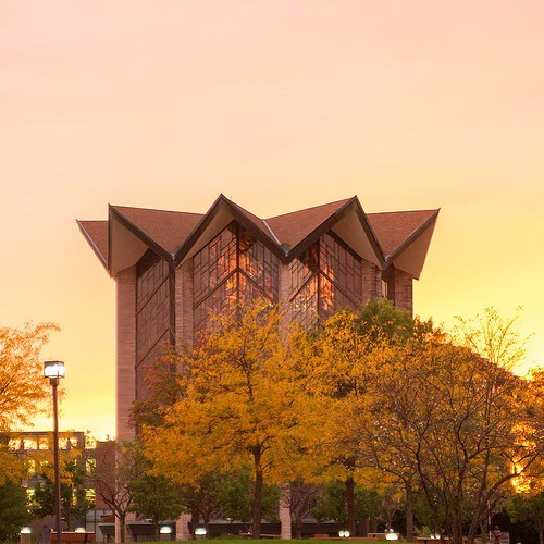 Look beyond what you see. There may be something beautiful lying behind. #MotivationMonday #GoValpo