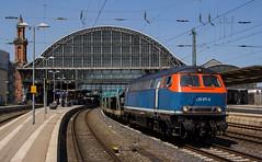 225 071 mit Autoleerzug in Bremen