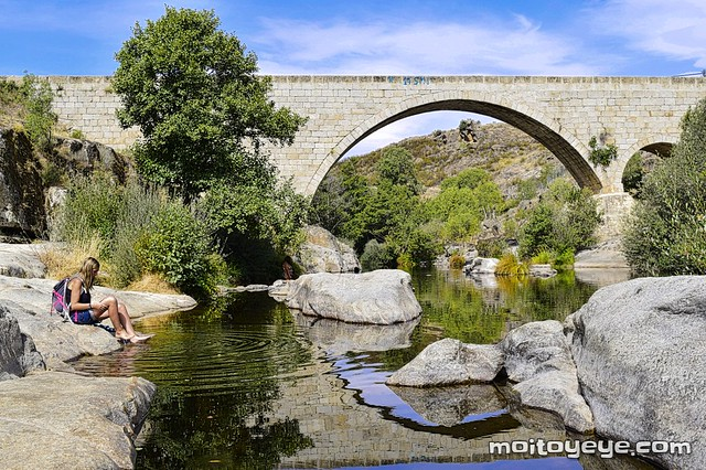 Piscina natural de Puente Arco, Burgohondo.