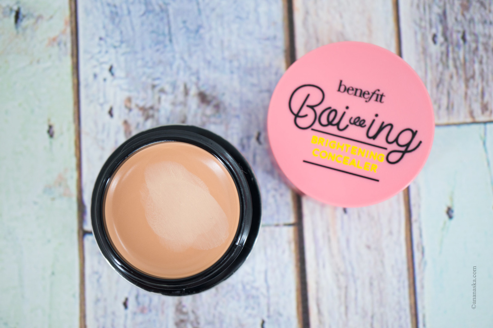 Benefit Boi-ing Brightening Concealer 01 Light