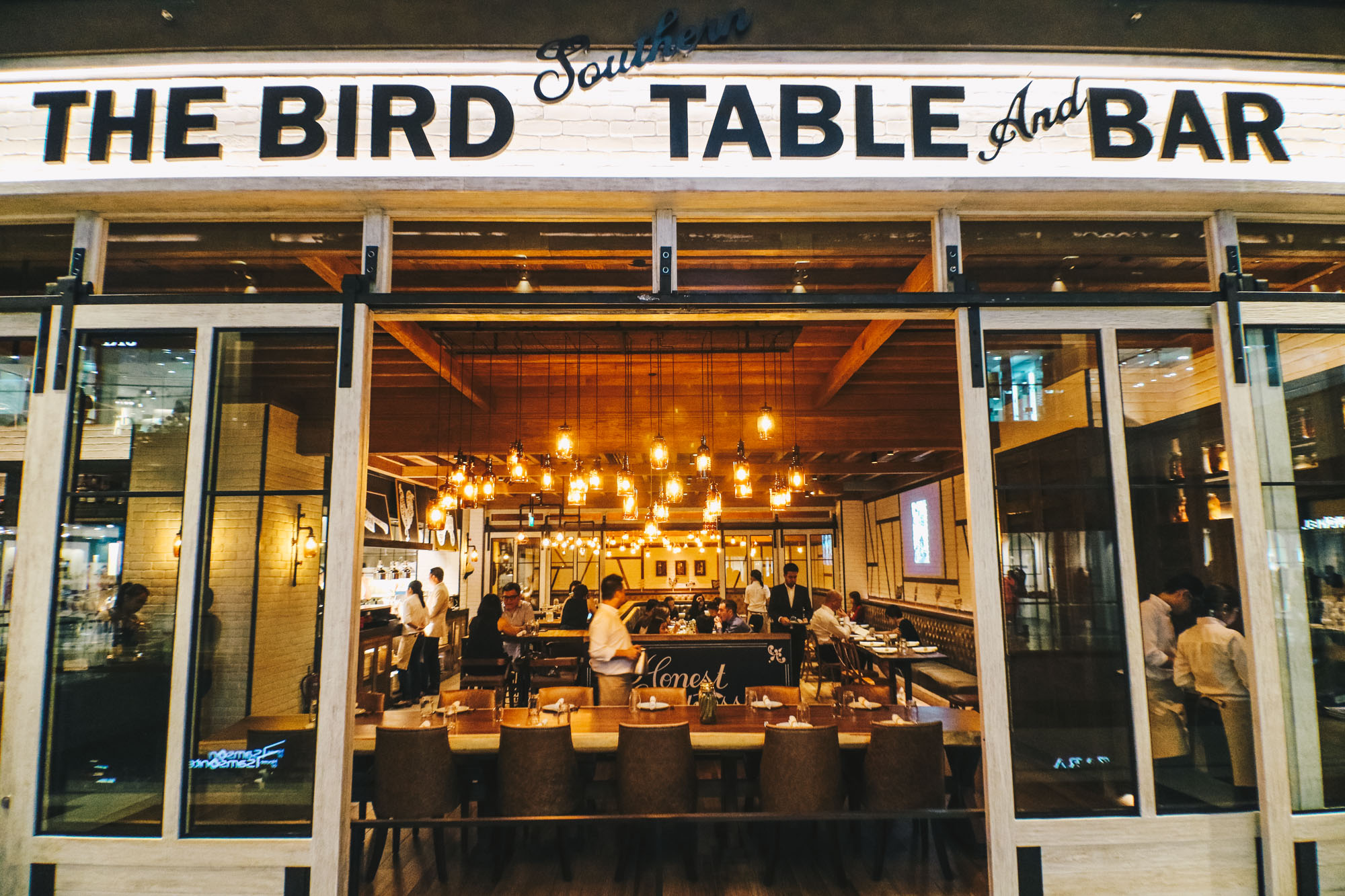 the bird southern table and bar darrenbloggie-7