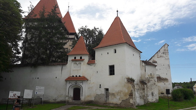 Dealu Frumos Fortified Church