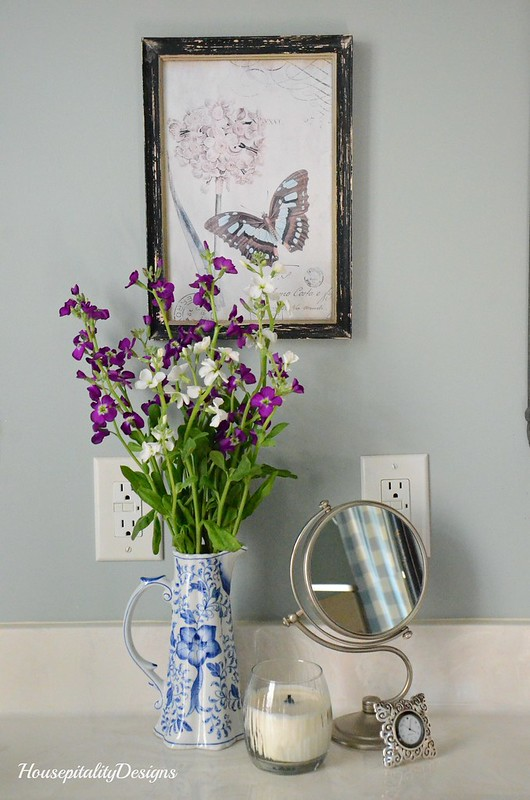 Floral Arrangement-Master Bath-Housepitality Designs