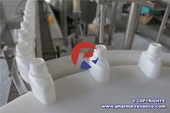 Saline Nasal Drop Filling Machine038