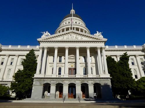 Sacramento Walkabout: Capitol Building