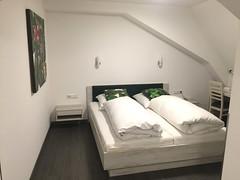 03  - Room / Zimmer - Hotel Zum Schwan - Oestrich-Winkel