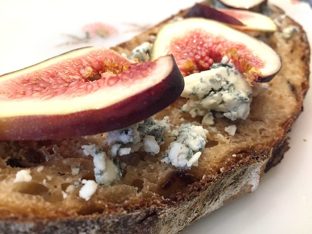 Fig/Bluecheese on Raisin Loaf