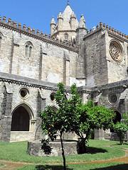 EVORA, PORTUGAL - Se (Cathedral)/ ЭВОРА, ПОРТУГАЛИЯ - Собор