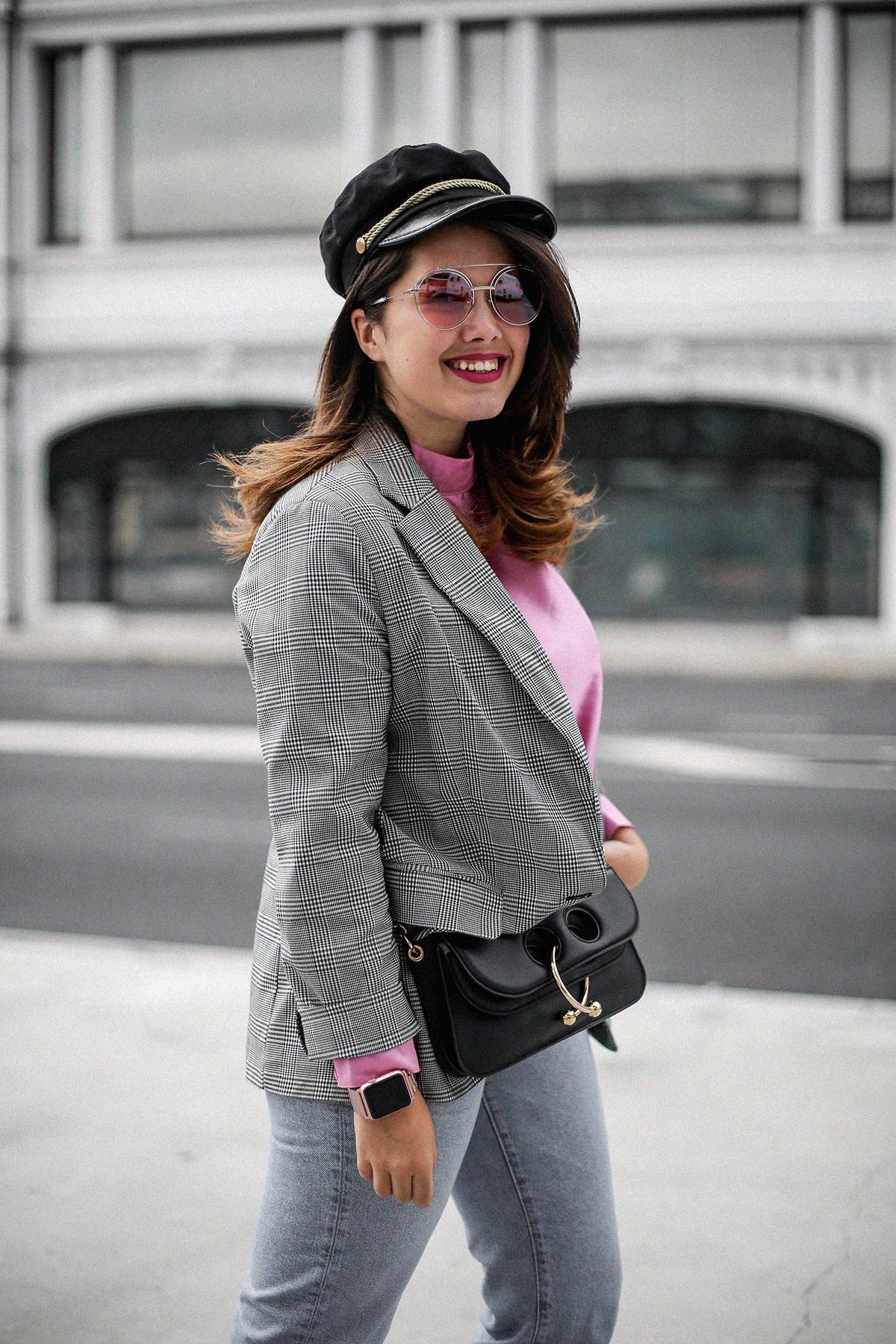 blusa con hombreras rosa asos look back to 80s-8