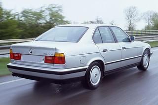 BMW_535i_1989_R2