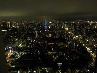 六本木ヒルズから(ジブリ展)02 青い東京タワー
