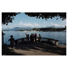 Lake Luzern Leica Q . #leicaQ #leica #leicacamera #leicaqtyp116 #leicacraft #leica_photos #leica_uk #leica_world #leicaphotography #twitter #sunshine #lucerne #switzerland #lake #vierwaldstättersee #boat #flag @lucernefestival #view #lucernefestivalorches