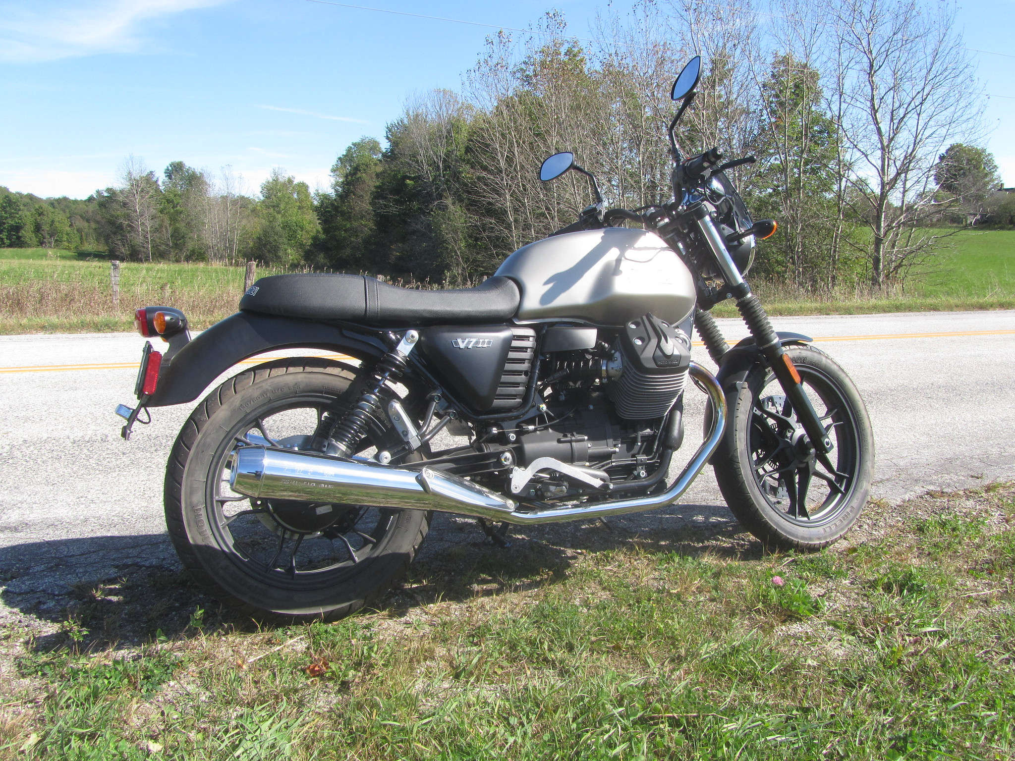 Anybody have a Moto Guzzi V7?   Page 149   Adventure Rider