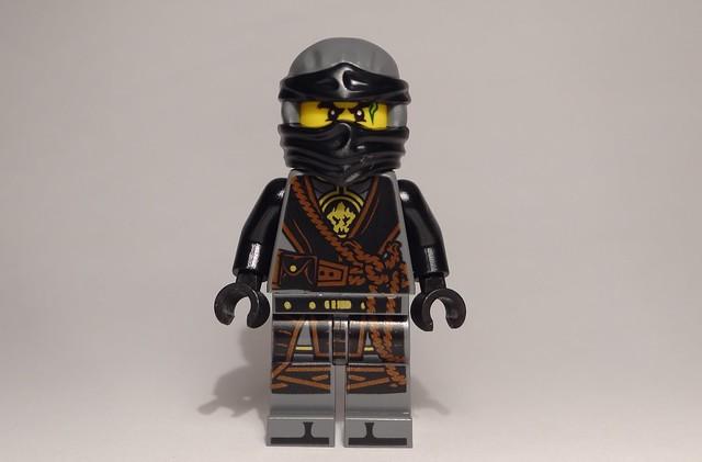 Mini-recenzja #16 – Magazyn Lego Ninjago 72017 5