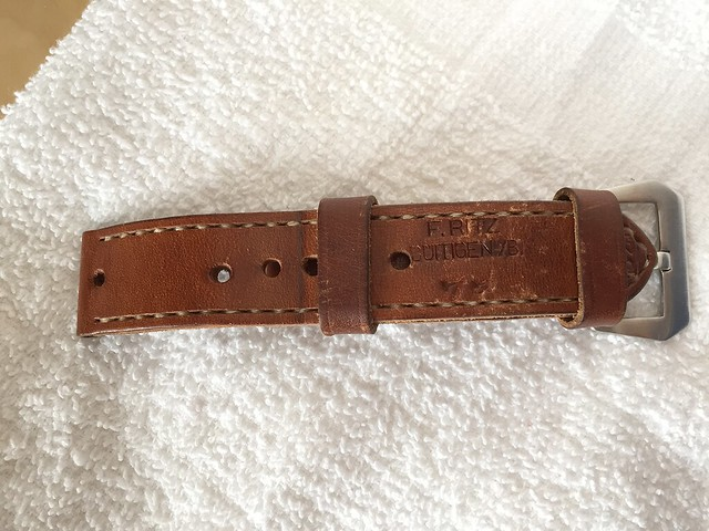 strap-front
