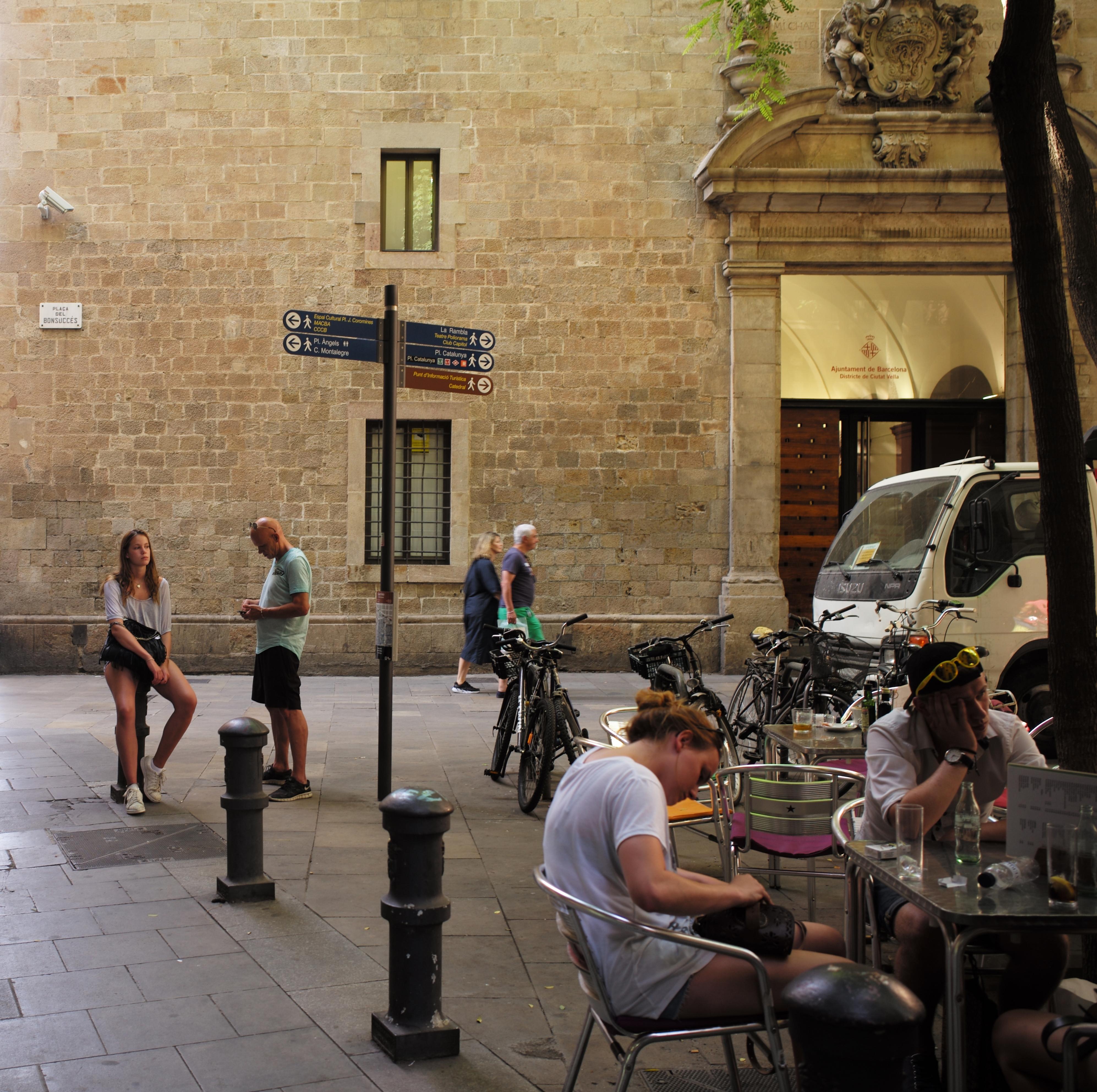 17h07 Barcelona de Chirico_0026 variante