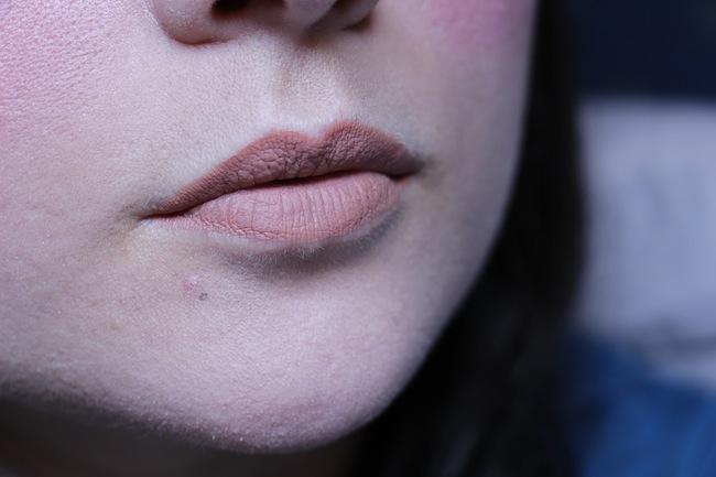 rouges_mat_velvet_the_lipstick_bourjois_beaute_blog_mode_la_rochelle_8