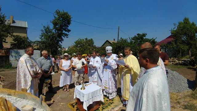 Посвячено наріжний камінь в Бердянську на будову храму