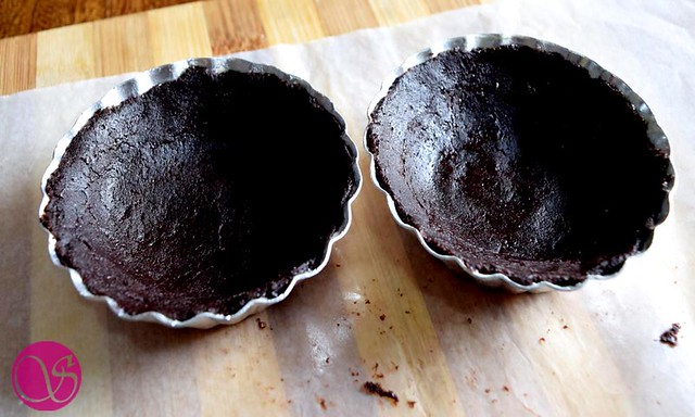 Eggless Chocolate Tart moulds with dough