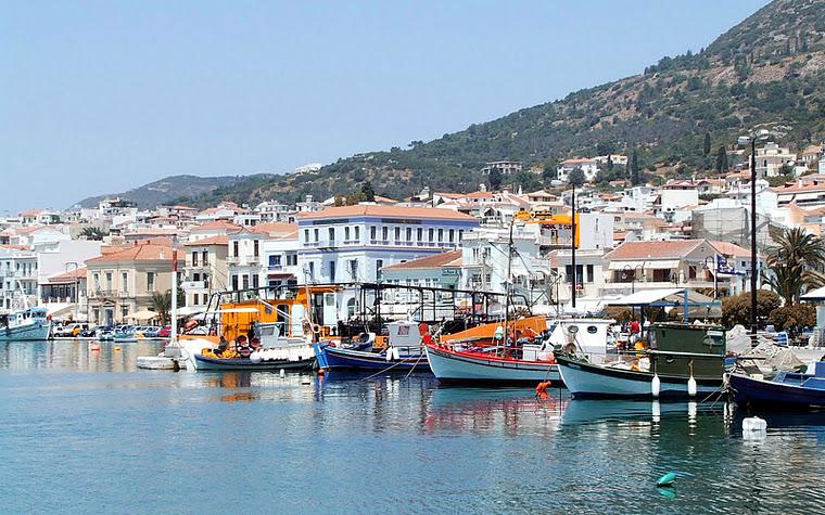 Island Samos GreeceΤο Λιμάνι της Σάμου - Βαθύ