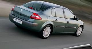 Renault_Megane_2006_R2