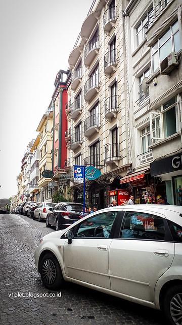 To Grand Bazaar4-152247rw