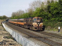 071 on 17:55 Heuston-Galway at MP9 26-Apr-07
