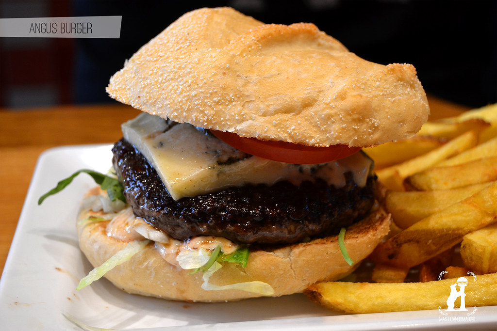 Angus BurgerBar