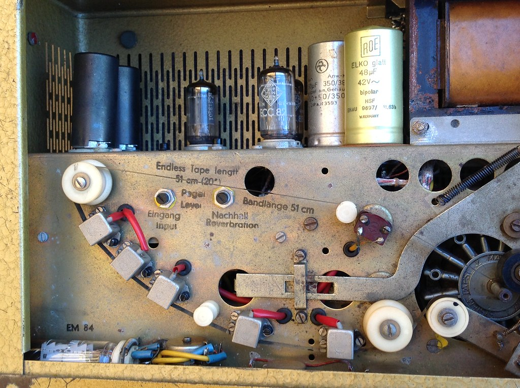 An old Klemt Echolette 5 in need of repair. Binson Ecc Schematic on