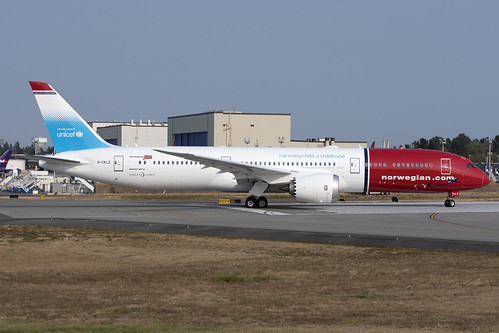 Norweigan Air UK UNICEF Boeing 787-9 G-CKLZ