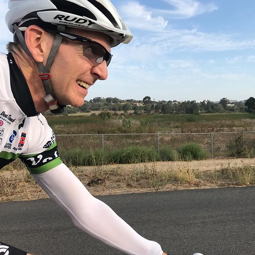 Rolling along. Ended up with the white VeloNutz jersey because of the idea it would be cooler; still 88f at ride end and that was hot. . . . #nutz #velonutz #whitejersey #sandiego #roadbike #roadride #summer #heatwave @champsys @rudyproject #hot #ranchosa