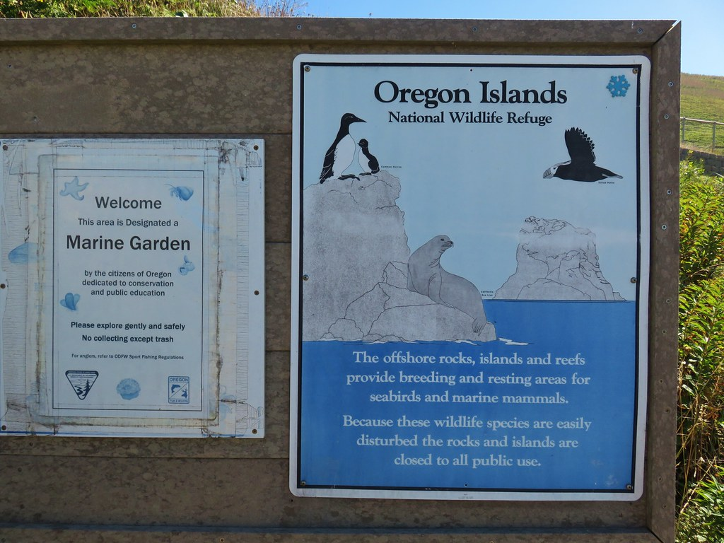 Signboard for the Oregon Islands National Wildlife Refuge