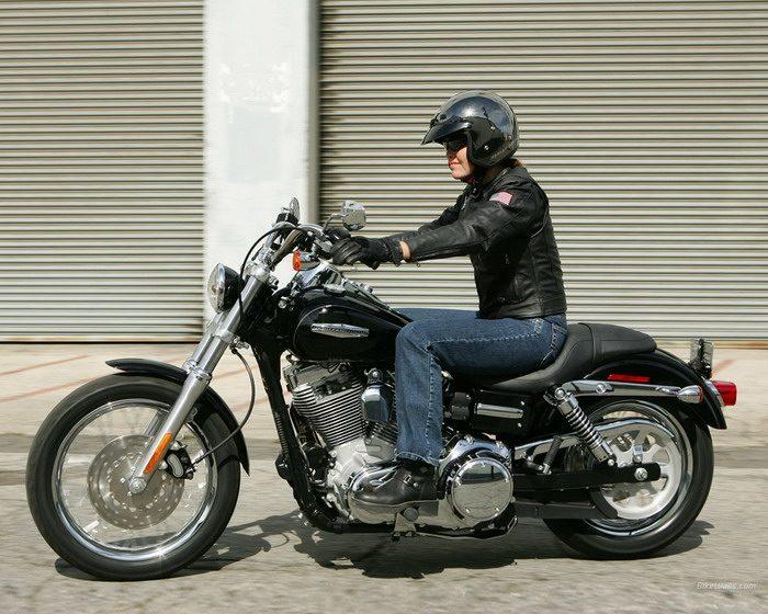 Harley-Davidson 1450 DYNA SUPER GLIDE CUSTOM FXDC 2005 - 8