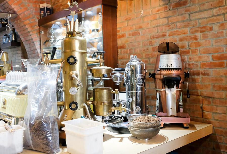 黝脈咖啡.台中咖啡01