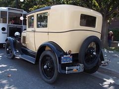 1928-29 Ford Fordor Sedan '698RRZ' 4